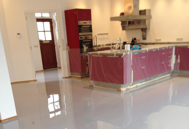 Portfolio - Badkamer witte vloer : Vos Gietvloeren